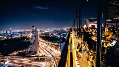 Dubai Sky High Dining 40 Kong Alex Slash 060 17 12 16 View Gallery