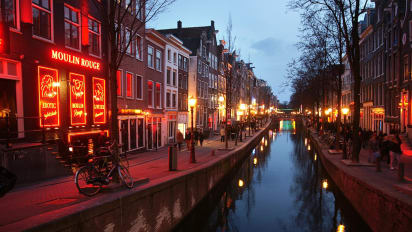 Let Amsterdam Red Light District Tours Continue Group Says Cnn Travel