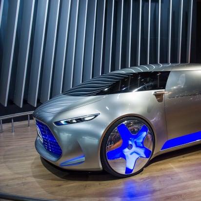 14 Mercedes Vision Tokyo