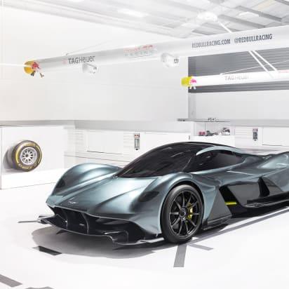 Aston Martin Red Bull Unveil New Hypercar Am Rb 001 Cnn Style