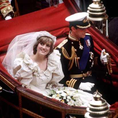 ff0fae386a14 The Prince and Princess of Wales return to Buckingham Palace by carriage  after their wedding,