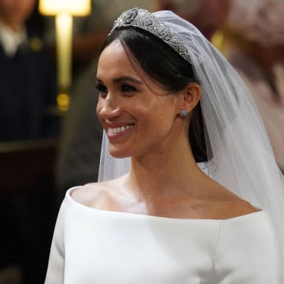 meghan duchess of sussex s wedding dress on display cnn style meghan duchess of sussex s wedding