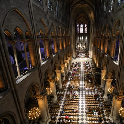 12th Century Oak Frame Of Notre Dame Is Feared Destroyed Cnn Style