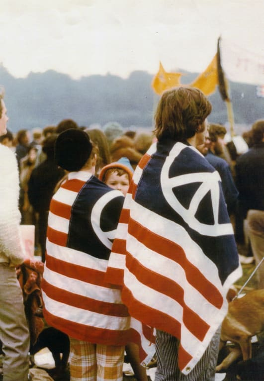 International Peace Day A Brief History Of The Peace Symbol Cnn Style