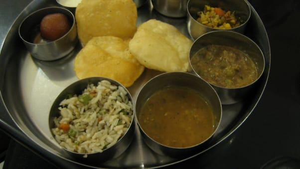 Mumbai food 40 dishes you must try cnn travel locals call it the gujju thaali forumfinder Images