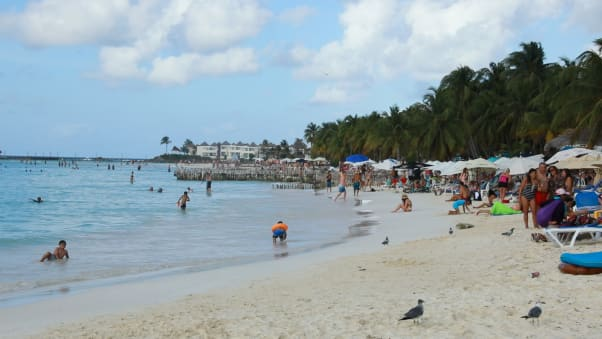 Isla Mujeress Beautiful Beaches Have Been Drawing Travelers For A Long Time