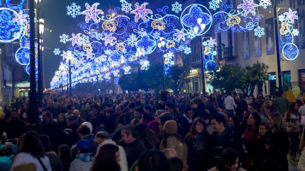 Se vuoi un Natale il più caldo possibile mentre soggiorni nell'Europa continentale, Siviglia è una delle tue migliori scommesse.