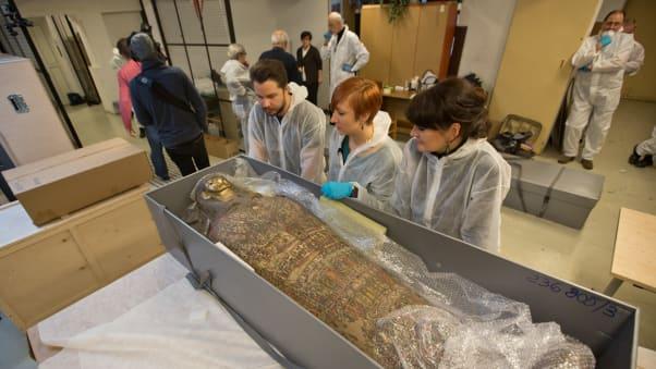 Mumi Mesir Hamil Pertama, di National Museum Warsaw