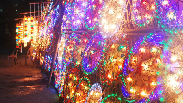 1. Philippines Christmas lanterns