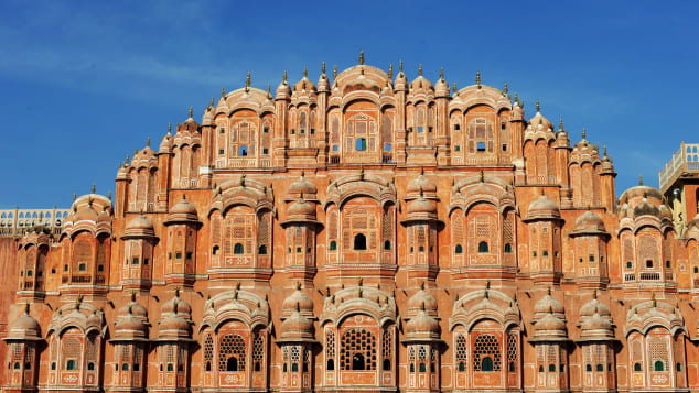 """The facade of the Hawa Mahal or """"Palace of Winds"""" in the old walled city of Jaipur."""