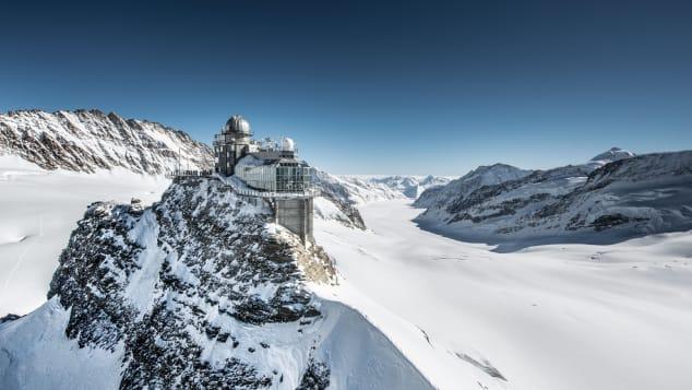 Jungfraujoch-Top-of-Europe-JJ_n_0118_Sphinx_Aletschgletscher_Jungfrau.ch
