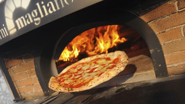 Nada supera a tradicional pizza napolitana