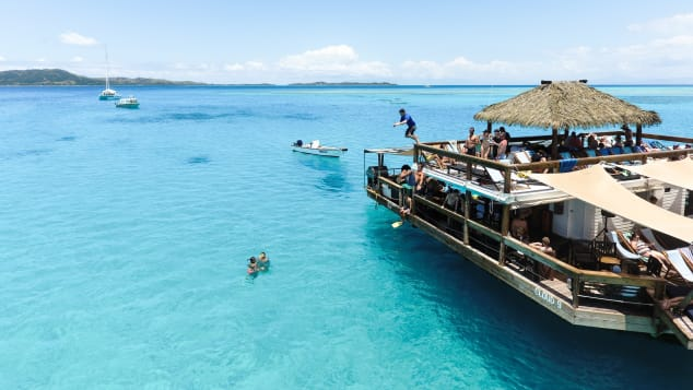 Cloud9 Fiji floating pizza restaurant