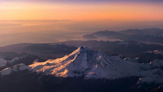2 alaska-MtRedoubt_mountain_CNN