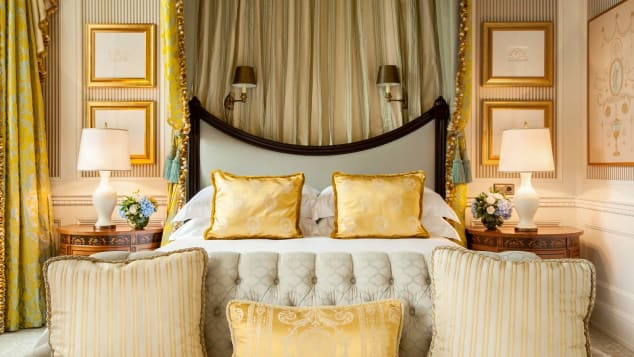 At the Four Seasons, sweet dreams are a given thanks to the brand's signature Four Seasons Bed and all the plush accoutrements.