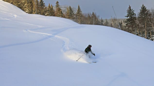 To get a taste of the Vermont ski experience, head to Stowe Mountain Resort.