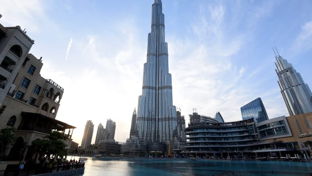 Lakeside view of Burj Khalifa Dubai