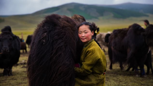 Bỏ 5 năm đi vòng quanh thế giới, nhiếp ảnh gia đã cho ra đời bản đồ sắc đẹp phụ nữ khiến người xem ngỡ ngàng - ảnh 1