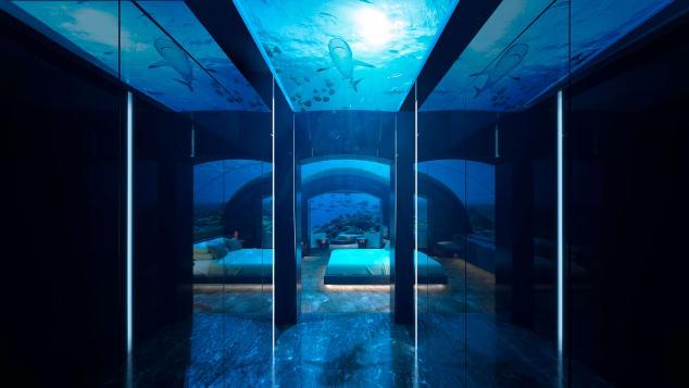 Conrad-Maldives-Rangali-Island-underwater-villa---CMRI_USV_Corridor