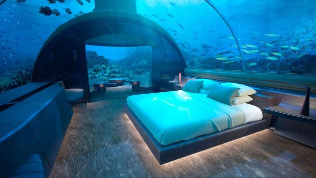 Conrad-Maldives-Rangali-Island-underwater-villa--CMRI_USV_Bedroom