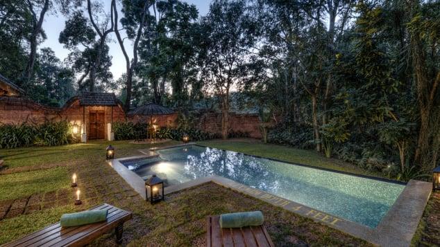 Εξέλιξη Επιστροφή Coorg - Heritage-Pool-Villa-Courtyard-and-Poo
