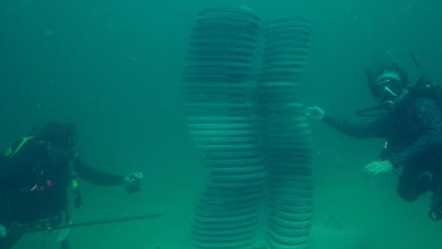 Propeller-in-Motion_underwater_Marek-Anthony