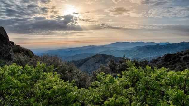 Τα βουνά του Τροόδους αποτελούν τη μεγαλύτερη οροσειρά της χώρας.