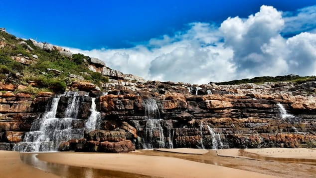 Mkambati-Falls-at-Low-tide