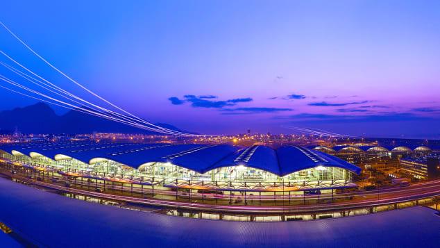 Hong Kong Airport Terminal 1_Exterior_3
