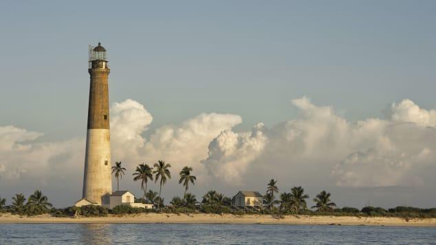 Farol de Dry Tortugas, Loggerhead Key, Flórida, EUA Shutterstock (Dan Kosmayer)