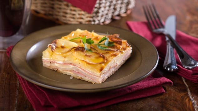 09 south america foods_pastel de papa