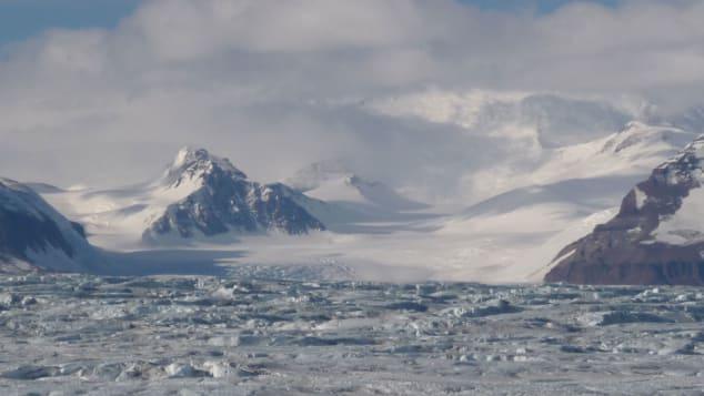 "The-Beardmore-Glacier.-Worsley-called-it-his-""nemesis.-Courtesy-Joanna-Worsley"