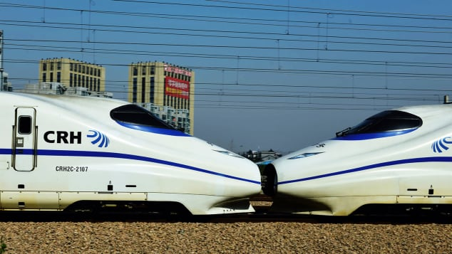 The new rail route will significantly shorten the journey between Zhoushan and Hangzhou.