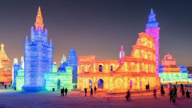 Harbin Ice Festival-1074742542