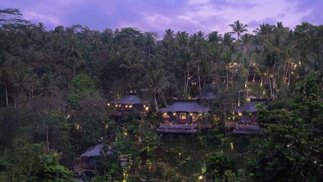 Capella Ubud sits perfecty hidden in the jungle.