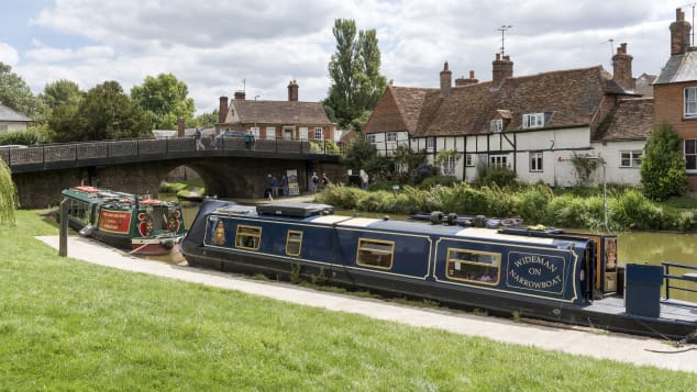Berkshire boasts lush meadows, an astonishing display of castles and narrow boats on the Kennet and Avon Canal at Hungerford.