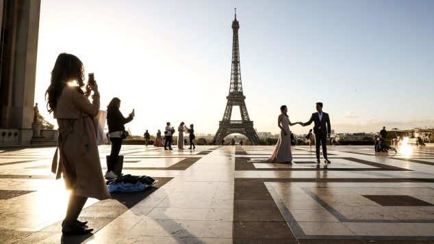 11 romantic places_paris