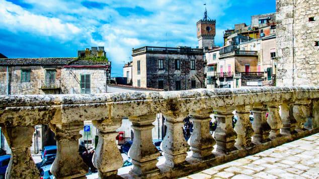 .Dollar-Italy-dream-house---Mussomeli-view2---credit-Maurizio-Di-Maria-jpg