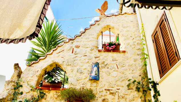 Dollar-Italy-dream-house---Mussomeli-home---credit-Salvatore-Palumbo