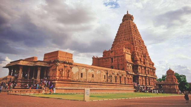 http3a2f2fcdn.cnn_.com2fcnnnext2fdam2fassets2f190410102235-india-temples-brihadeeswarar-temple