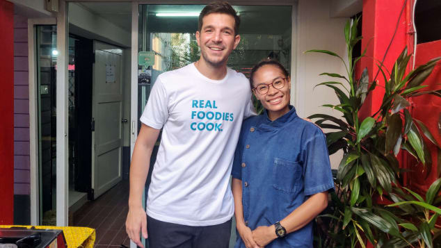 Benjamin Ozsanay, CEO of Cookly, with Chef Goong Sreesopon.