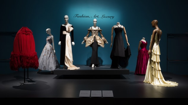 17 nyc fashion museum photos