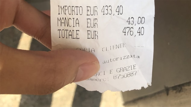 Tourist complaints over rip-off Rome restaurant mount after viral $500 bill