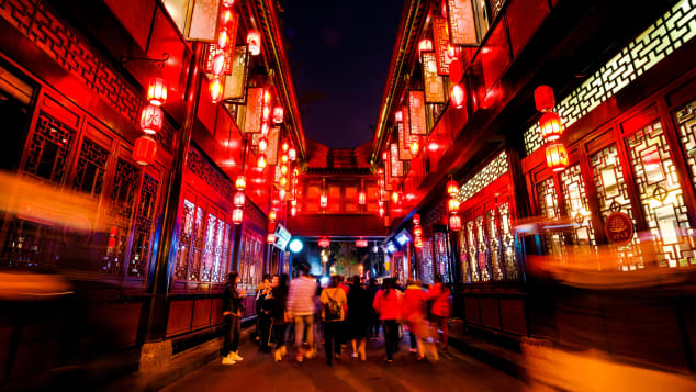 Jinli is one of the oldest shopping streets in Sichuan province.