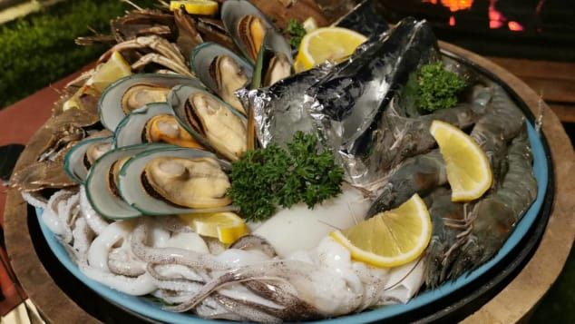 Guests in search of added privacy can book their own seafood buffet dinner with a private chef.