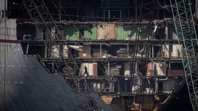 Chris McGrathGetty Images Aliaga Shipyard (10)