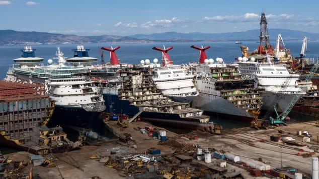 Chris McGrathGetty Images Aliaga Shipyard (21)