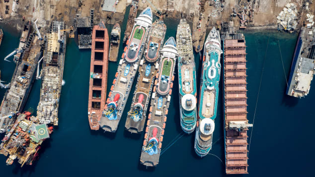 Chris McGrathGetty Images Aliaga Shipyard (4)