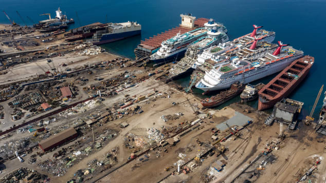 Chris McGrathGetty Images Aliaga Shipyard (5)