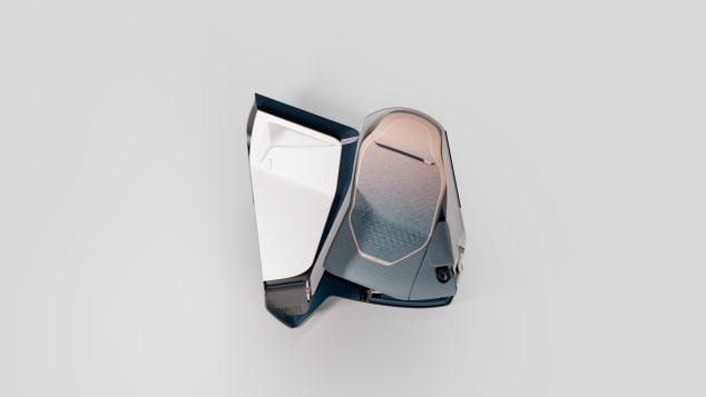 Kursi Airtek adalah monocoque yang terinspirasi dari balap mobil.